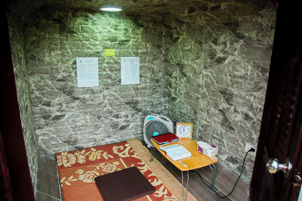 Phòng Cầu Nguyện Cá Nhân