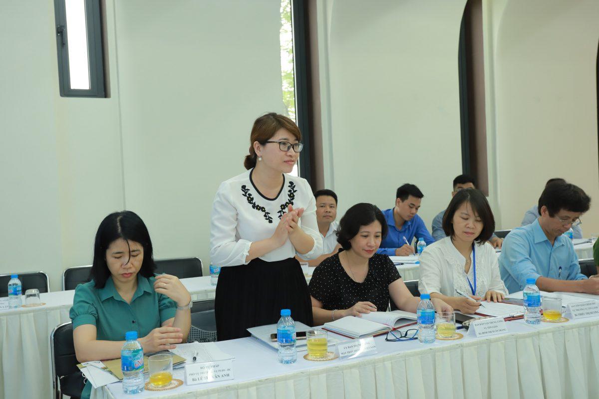 Bà Nguyễn Ngọc Quỳnh Phó Ban Tôn giáo, Uỷ ban Trung ương mặt Trận tổ quốc Việt Nam.