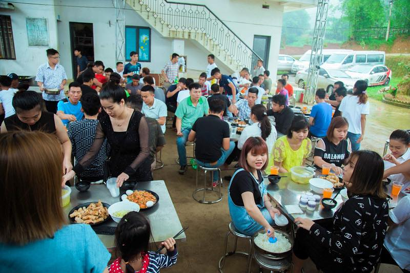 Khu nhà ăn & phòng bếp